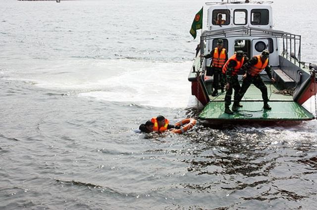 Điểm tựa của ngư dân trên biển